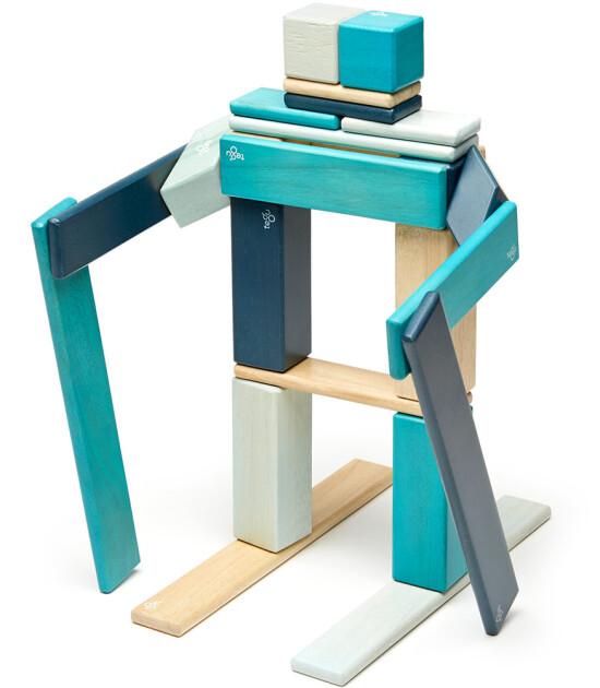 Tegu Mıknatıslı Ahşap Oyuncak 24 Parça Klasik Set (Mavi)